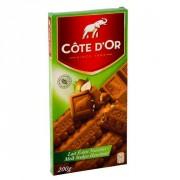 Côte D'Or Tablet melk met stukjes hazelnoot